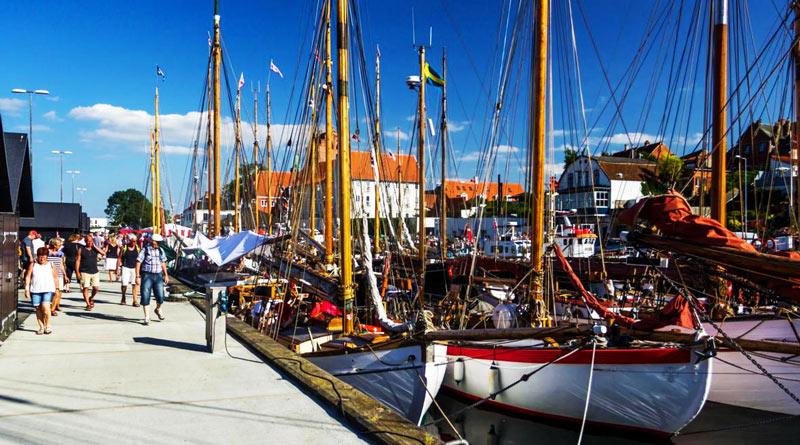 FåPudset tilyder den bedste vinduespudsning i Middelfart - Få et tilbud fra den bedste vinduespudser i området.